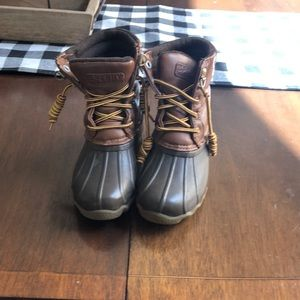 Sperry Snow boots Youth size 12